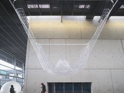 Experimental pavilion built with 10,000 recycled BIC pens 1